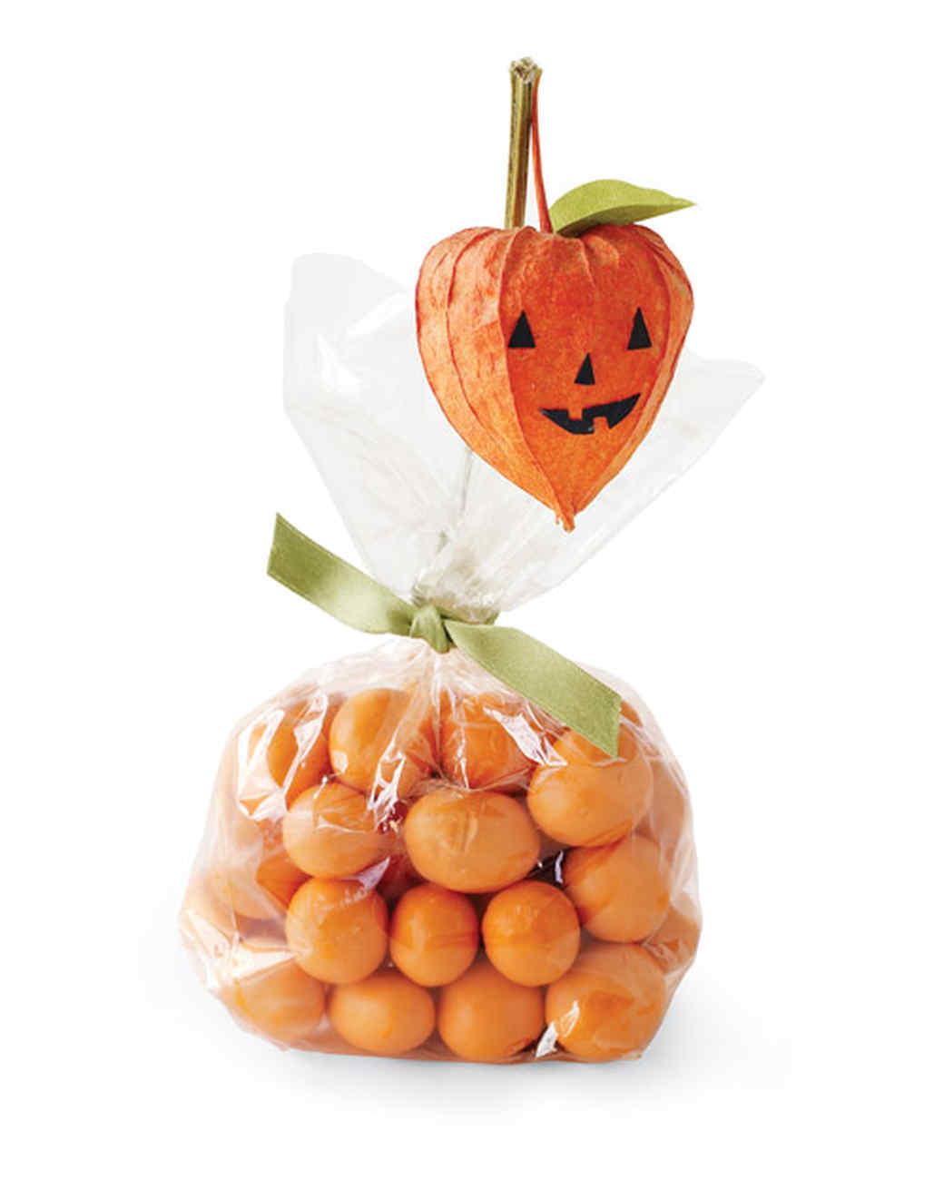 Halloween Lantern Party Favors