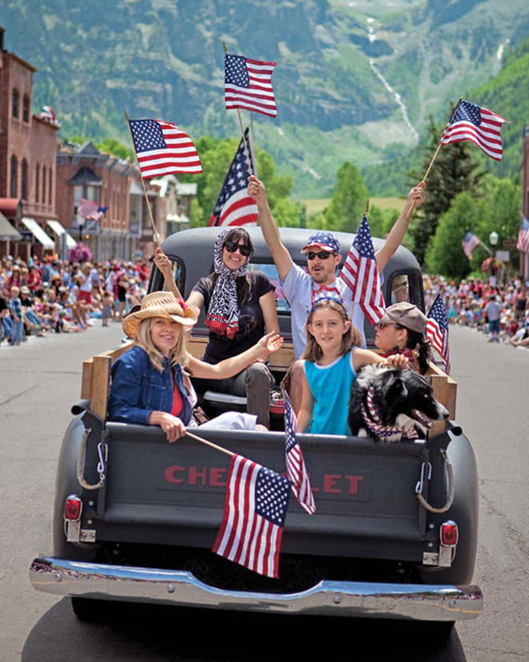 sc 1 st  Martha Stewart & Fourth of July Bike Parade | Martha Stewart