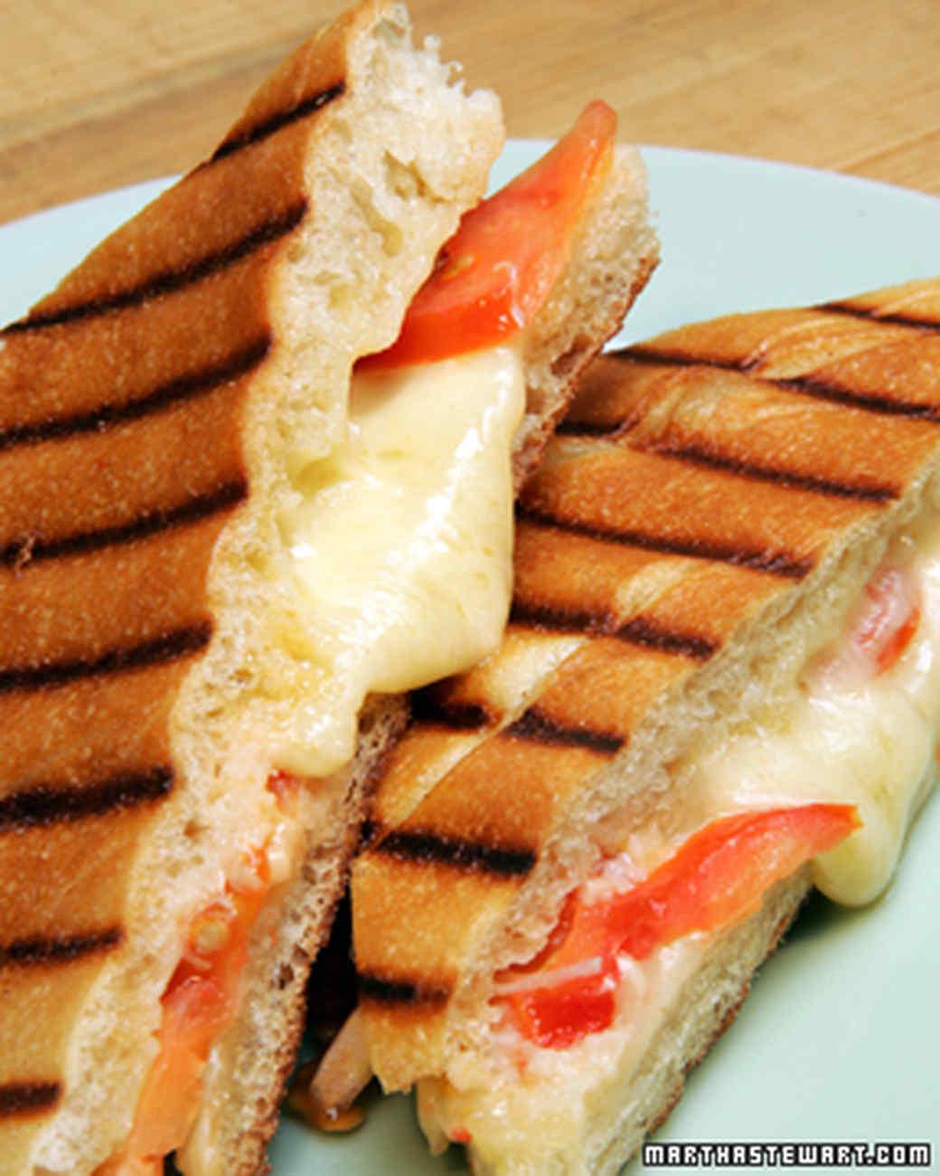 1047_recipe_grilledcheese.jpg