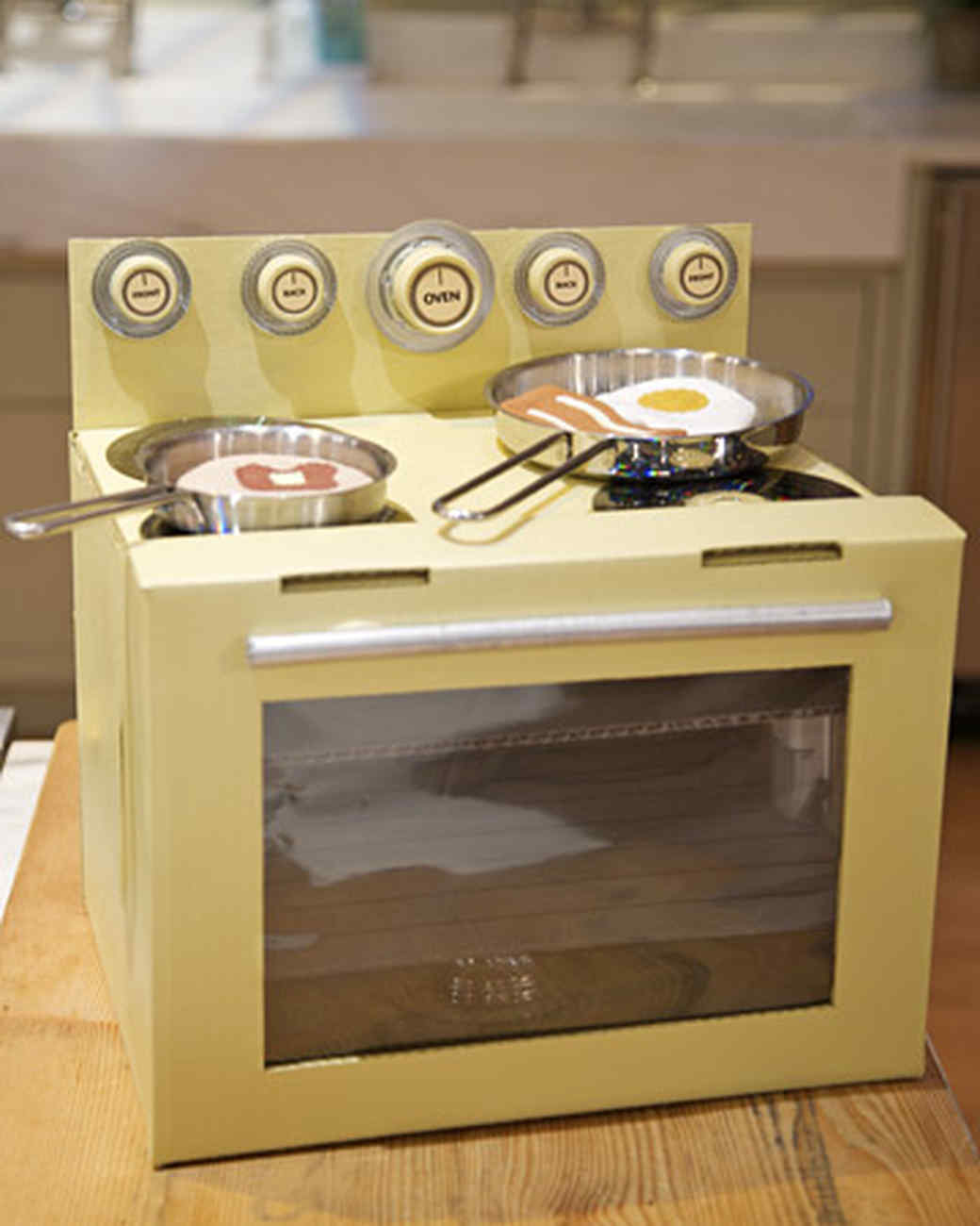 Cardboard box oven craft video martha stewart for Kitchen crafts to make