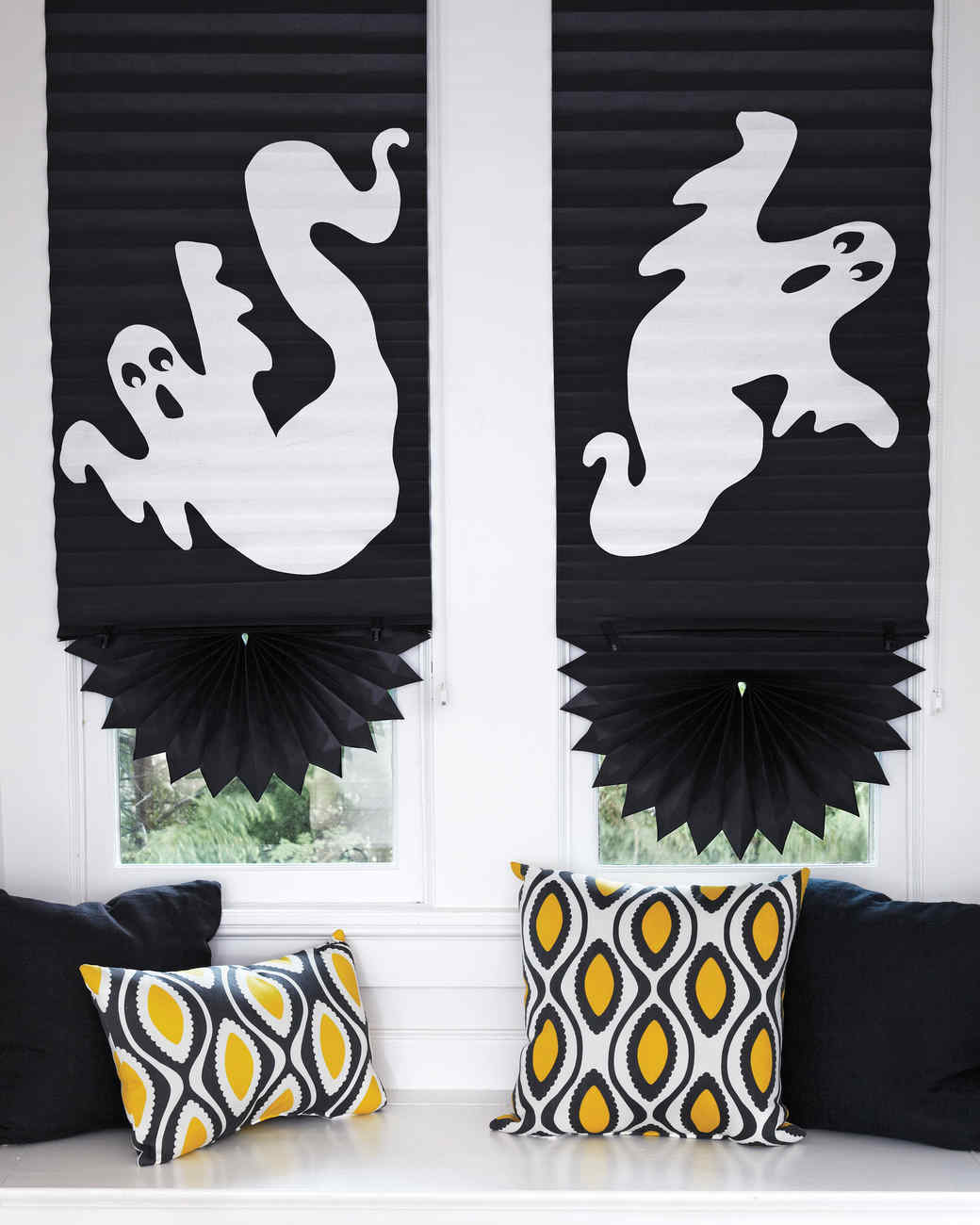 halloween decorations that cost almost nothing but look pretty