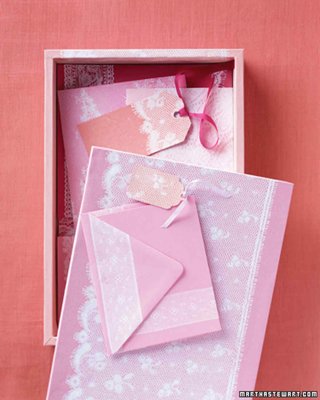 mld102660_0207_lace_cards.jpg