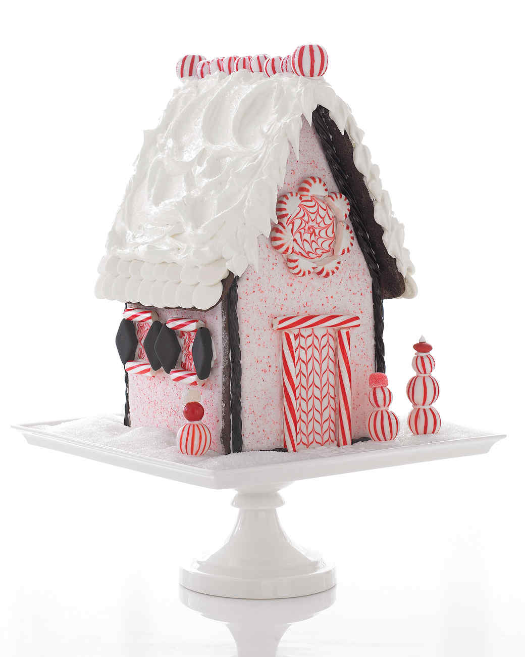 Gingerbread houses and no bake cookie cottages martha stewart solutioingenieria Choice Image