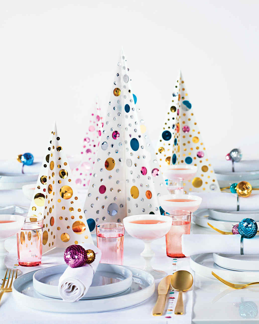 sequined christmas tree centerpiece - Martha Stewart Christmas