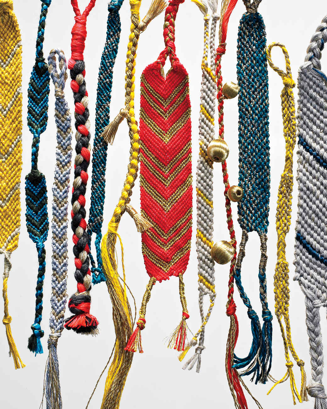 How to make bracelets at home with yarn
