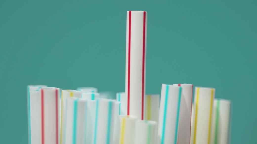 plastic-straws-getty-0918
