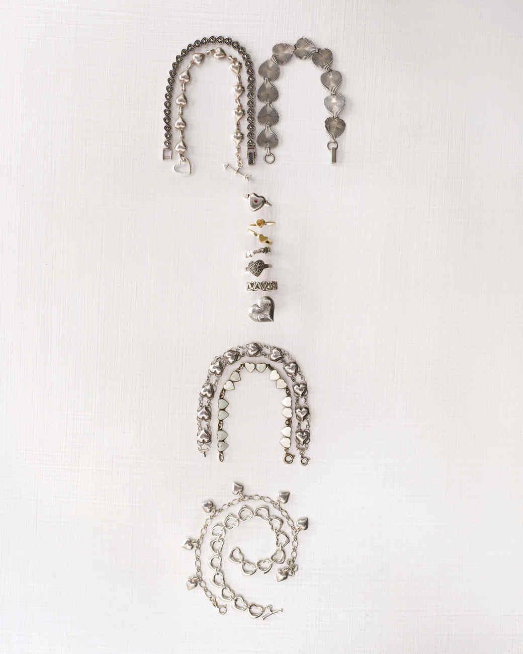 rings-bracelets-mld108078.jpg