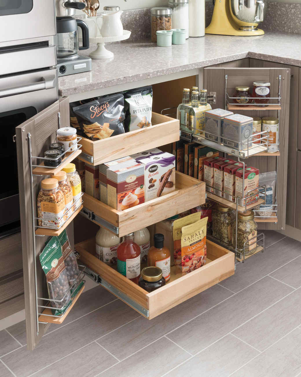 The idea for a small kitchen. Space optimization