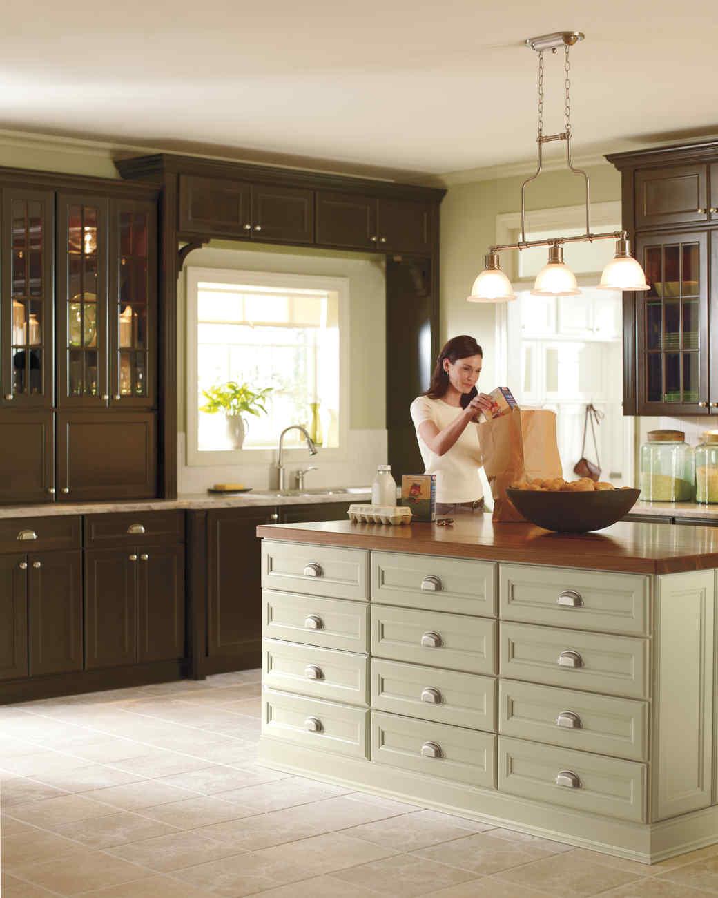 Peek Inside Marthau0027s Kitchens (and Steal The Looks For Your Home) | Martha  Stewart