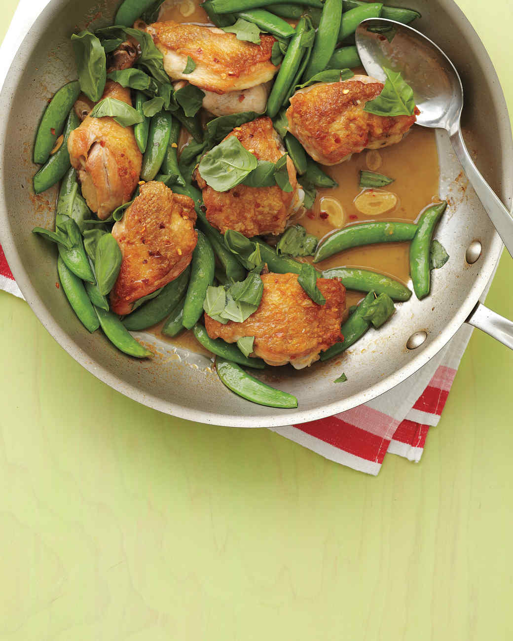 chicken-snap-pea-med108462.jpg