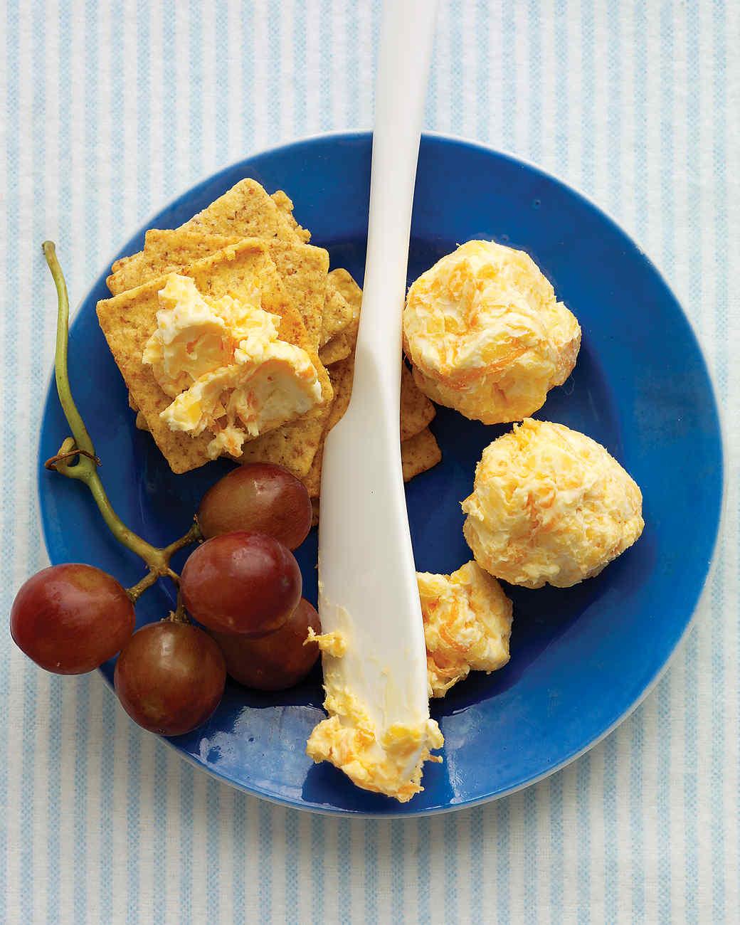Cheddar-Carrot Balls