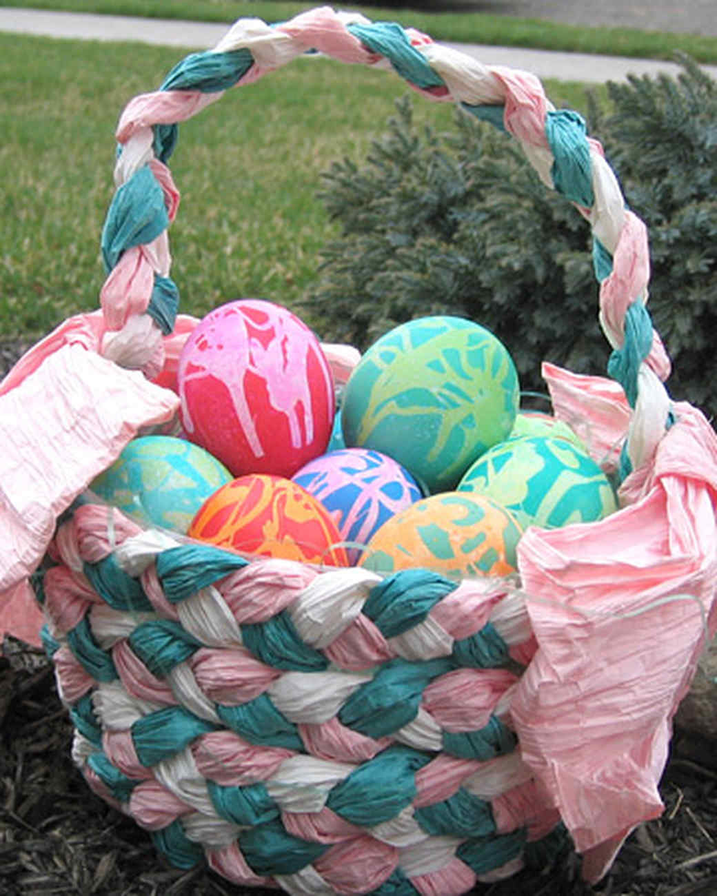 ew_march08_easter_eggs0002.jpg