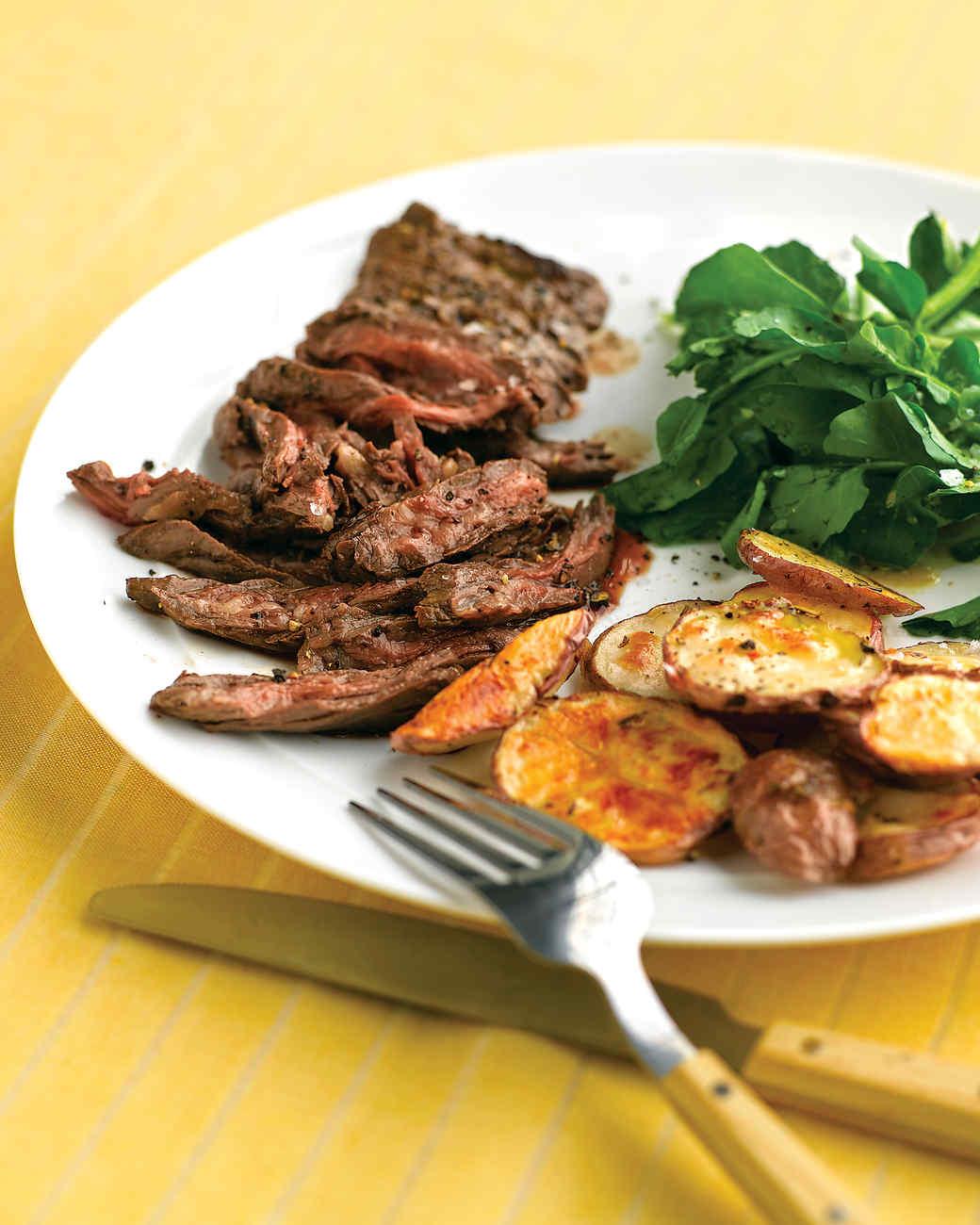 med103954_0908_skirt_steak.jpg