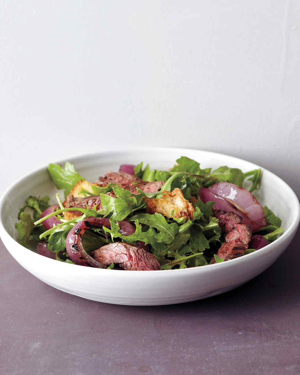 med106560_0311_salad_steak.jpg