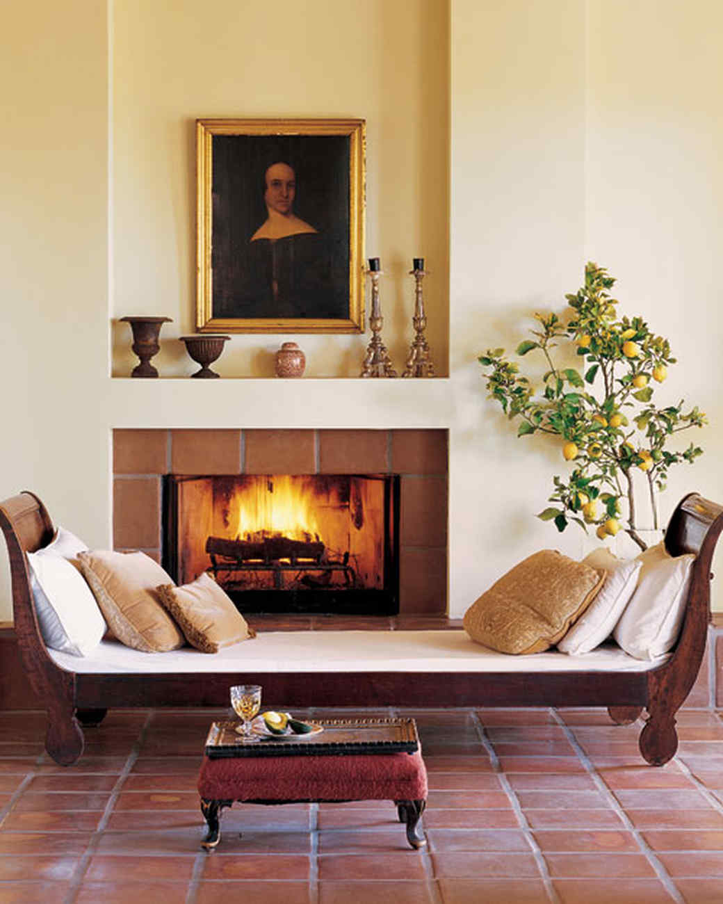 Fireplace Surround Tile Ideas Part - 44: Inviting Spot