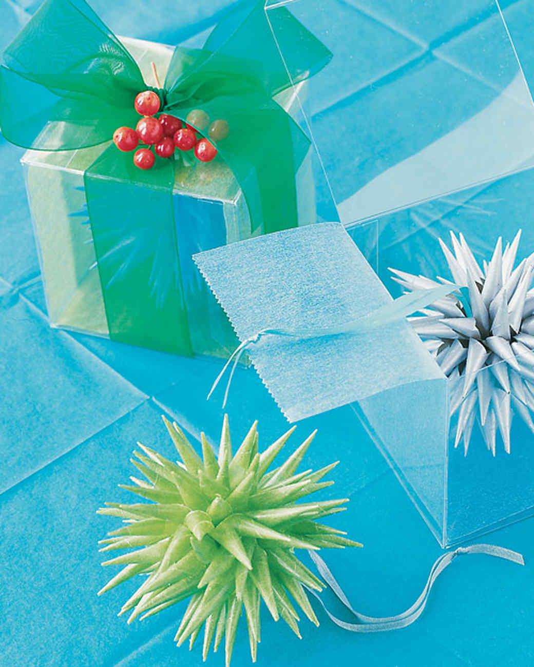 Tissue-Star Christmas Ornament