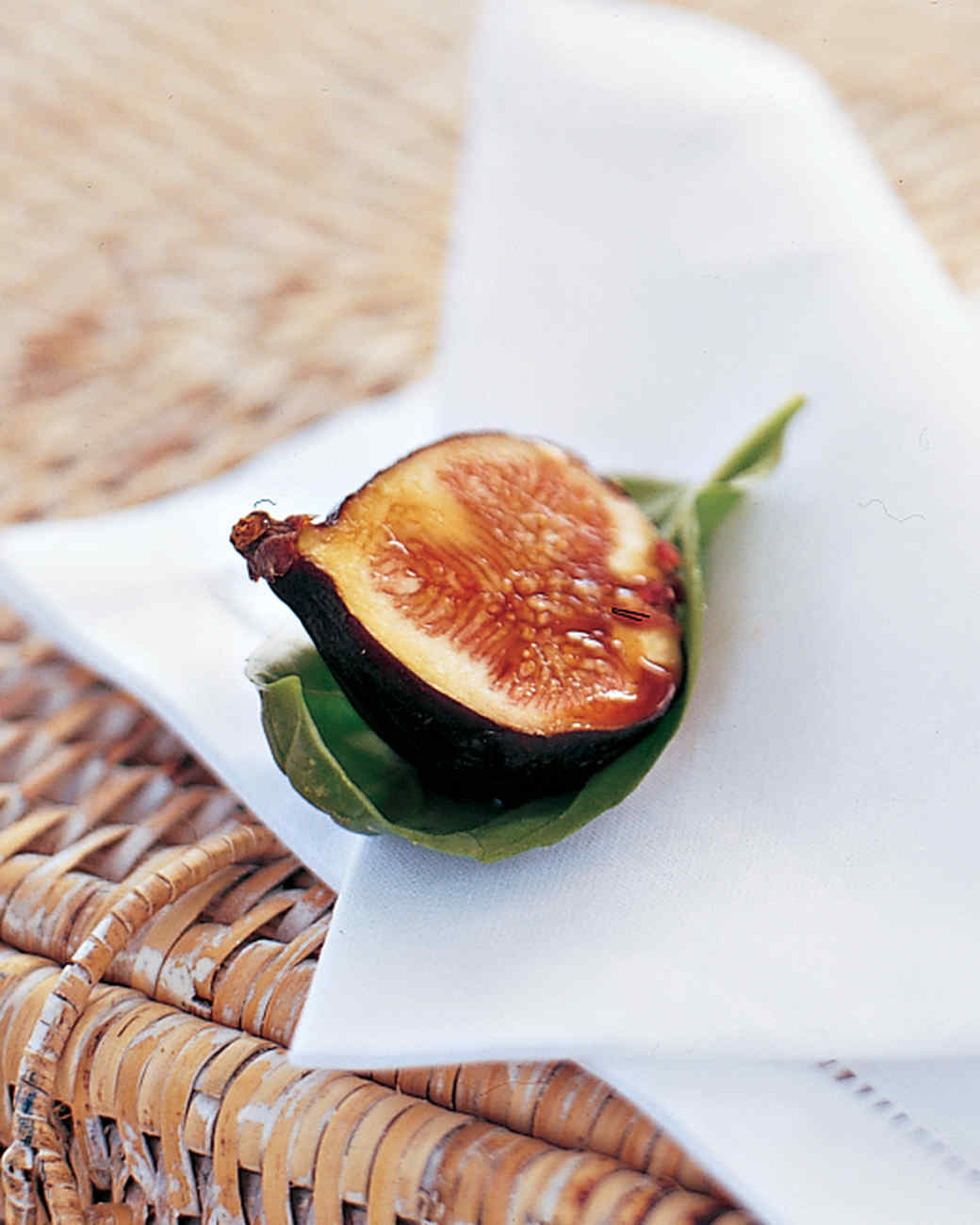Figs Wrapped in Basil with Balsamic Vinegar