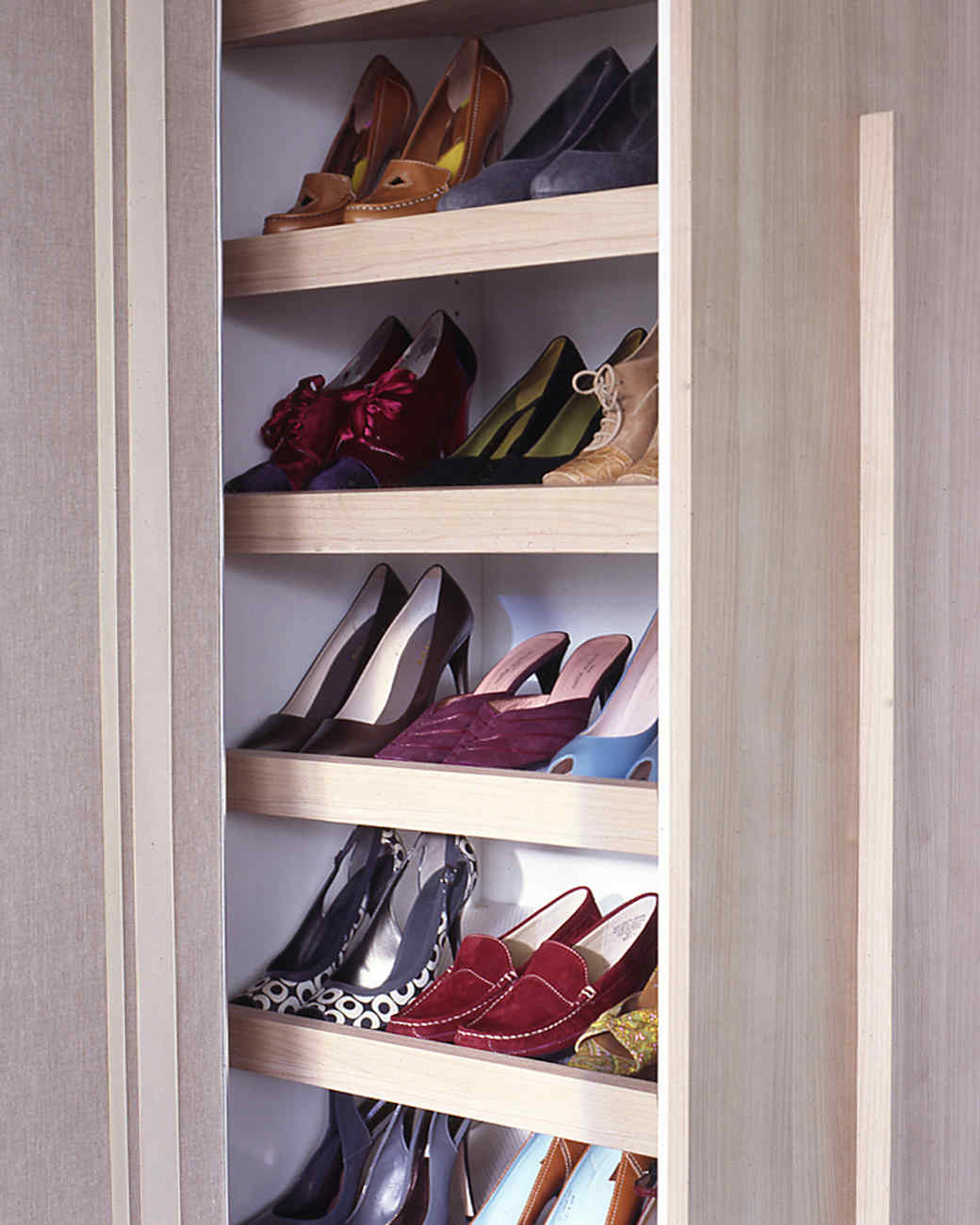 mla_104332_0109_shoepantry.jpg