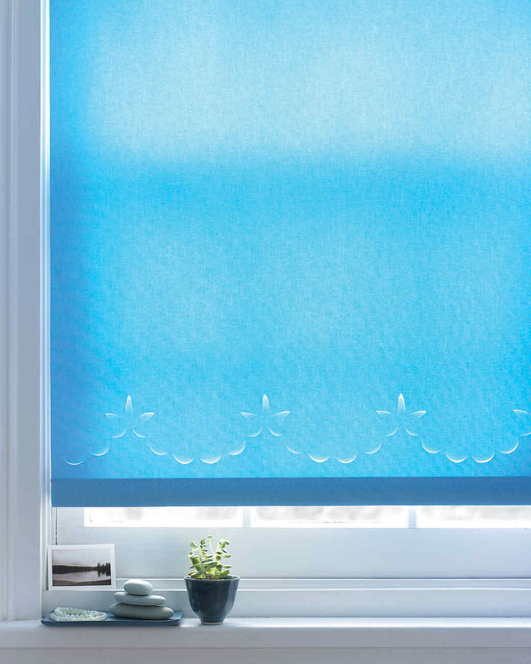Scalloped Window Shade
