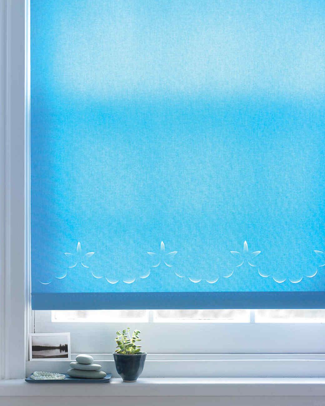 Scalloped Window Shade
