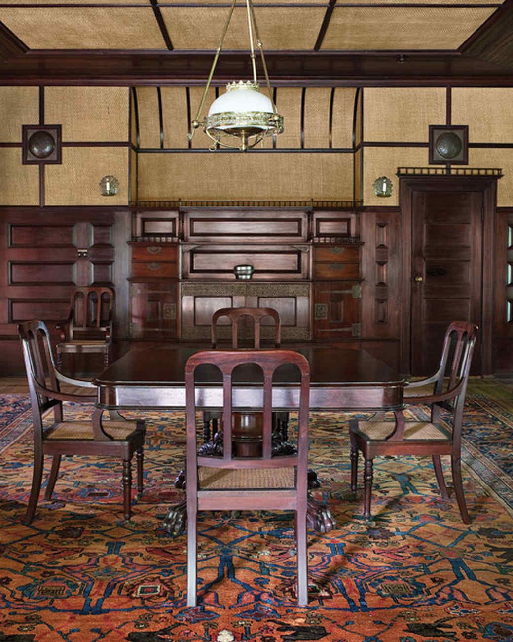 mld105002_1009_diningroom1.jpg
