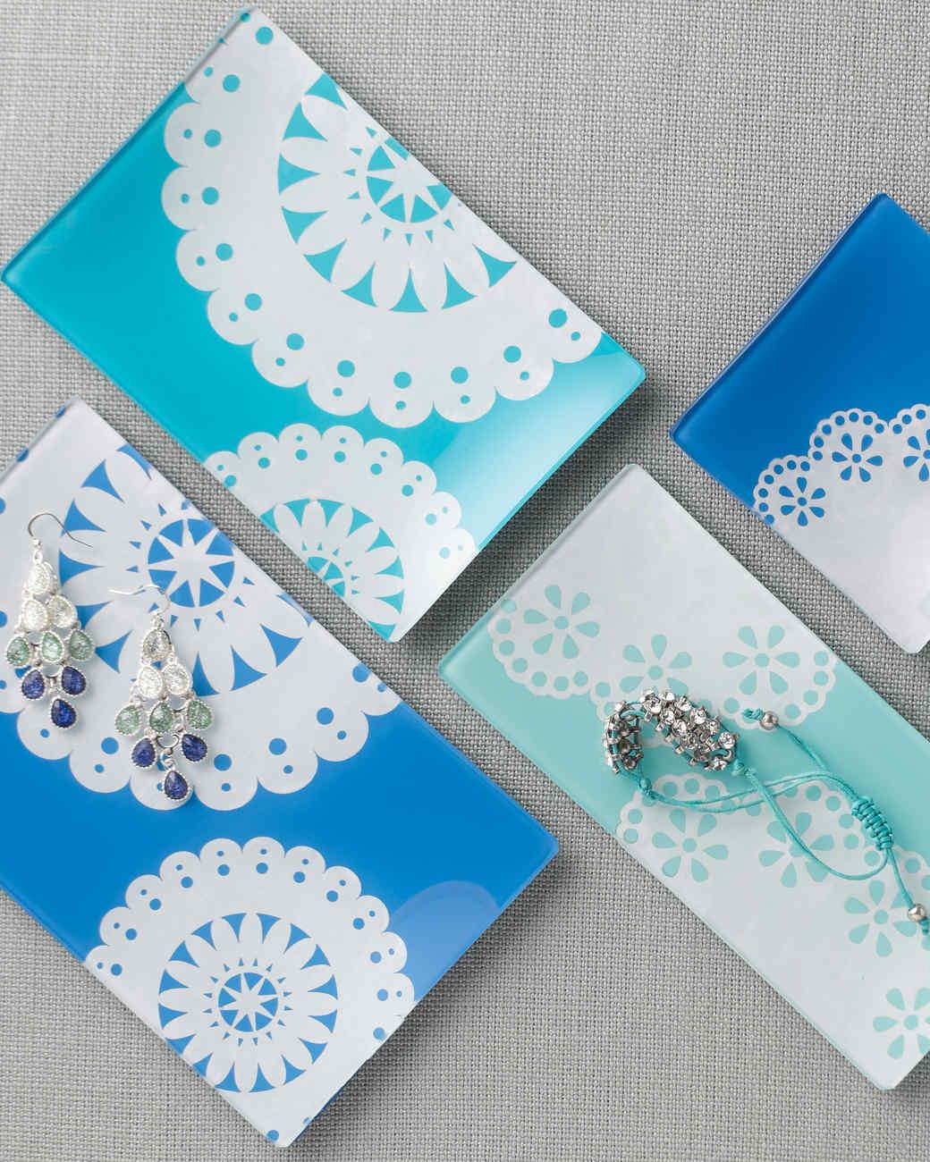 mscrafts-white-doilies-813.jpg