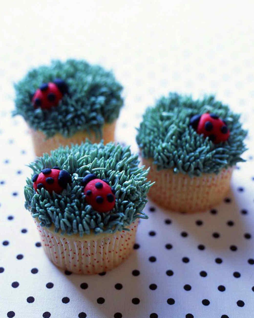 mscupcake_xa104427_ladybug.jpg