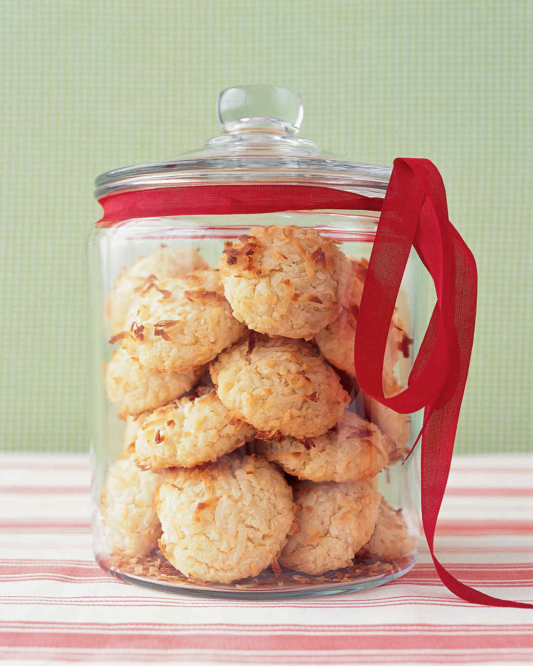 msledf1204_coconut_cookies.jpg