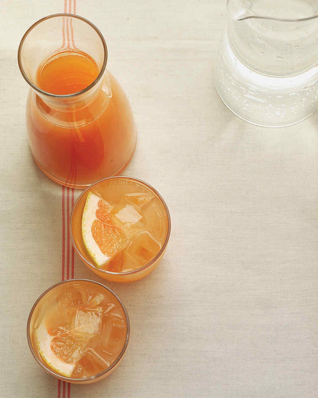 Ginger-Grapefruit Spritzer