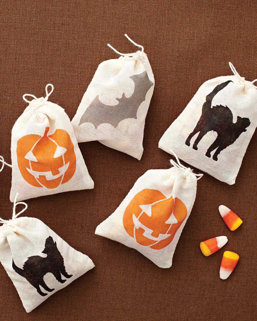 Martha Stewart Craft Paint Halloween Treat Bags