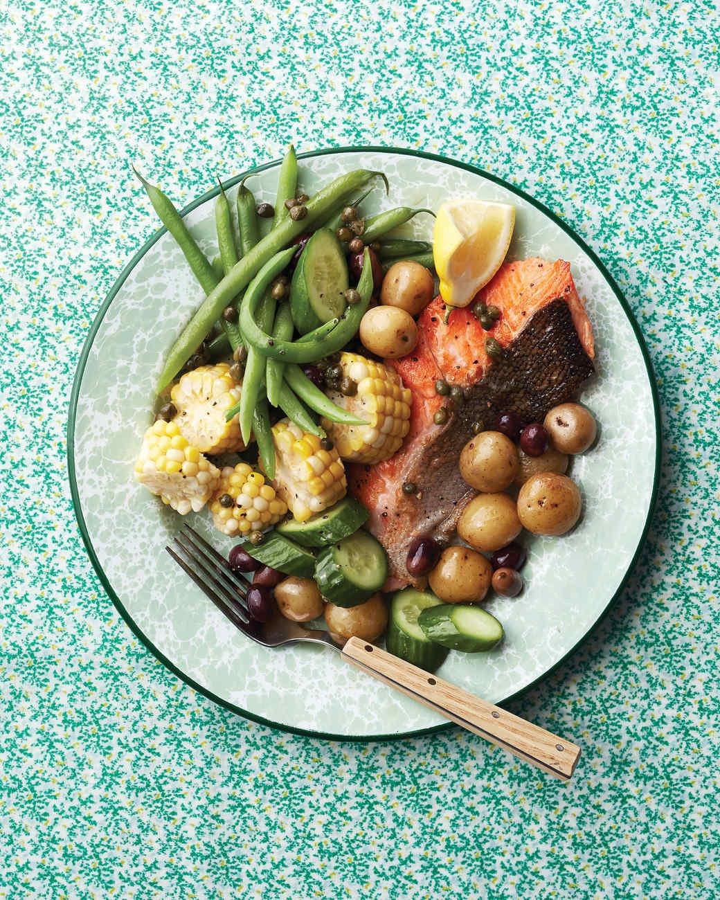 salmon-nicoise-092-d112989.jpg