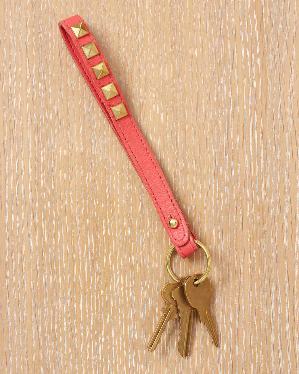 studded-keychain-wld109036.jpg