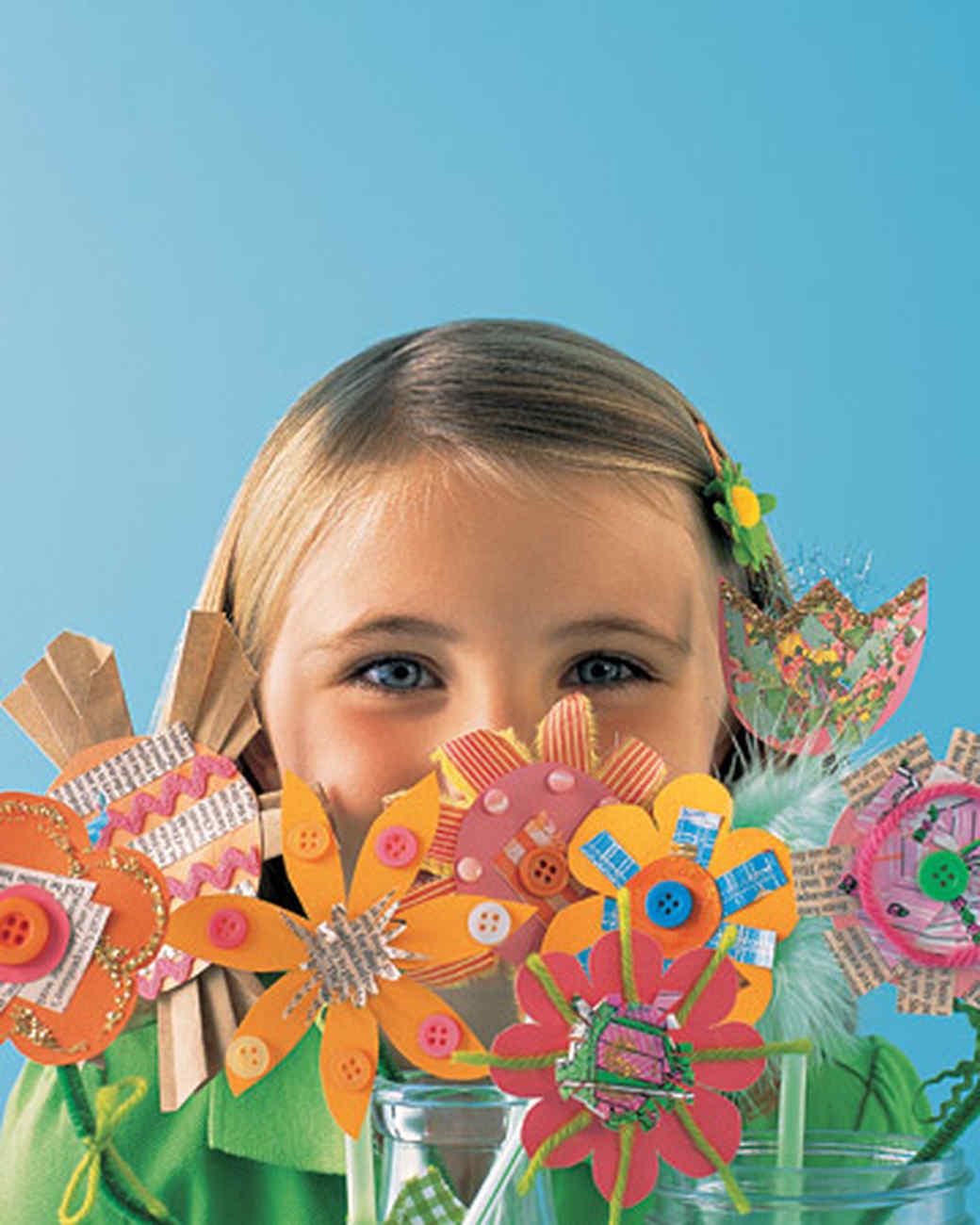 0206_kids_partypaperflowers.jpg