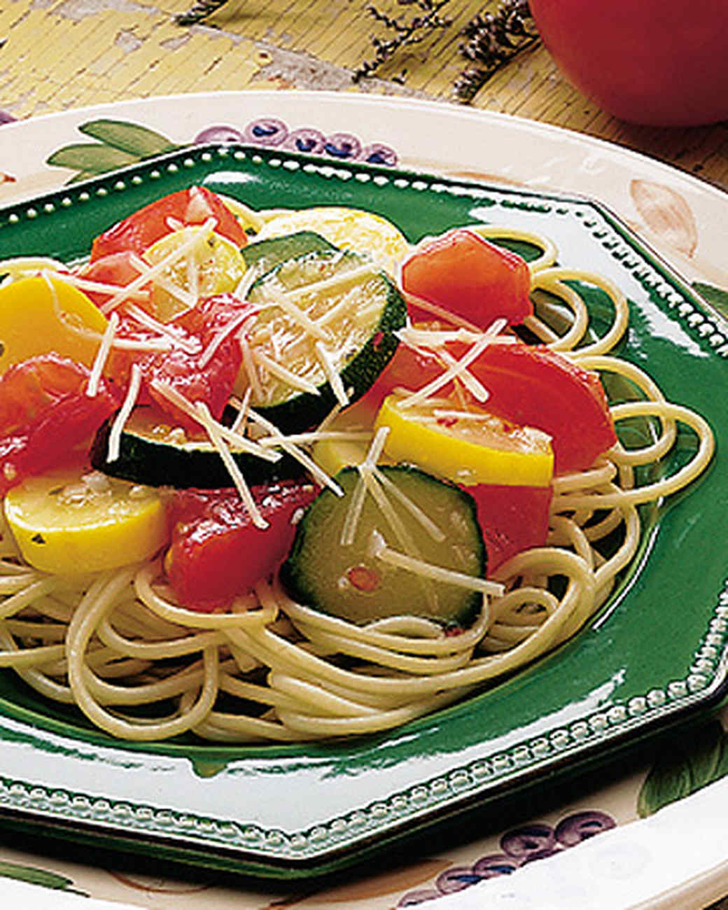 garden-vegetales-with-pasta.jpg