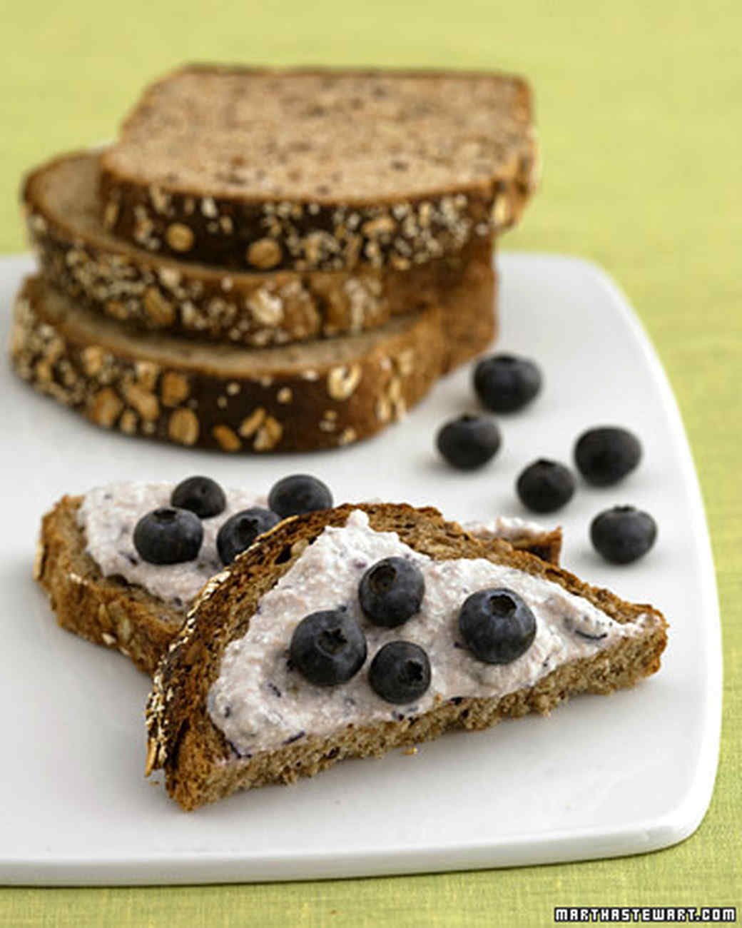 Cottage-Cheese Fruit Spread