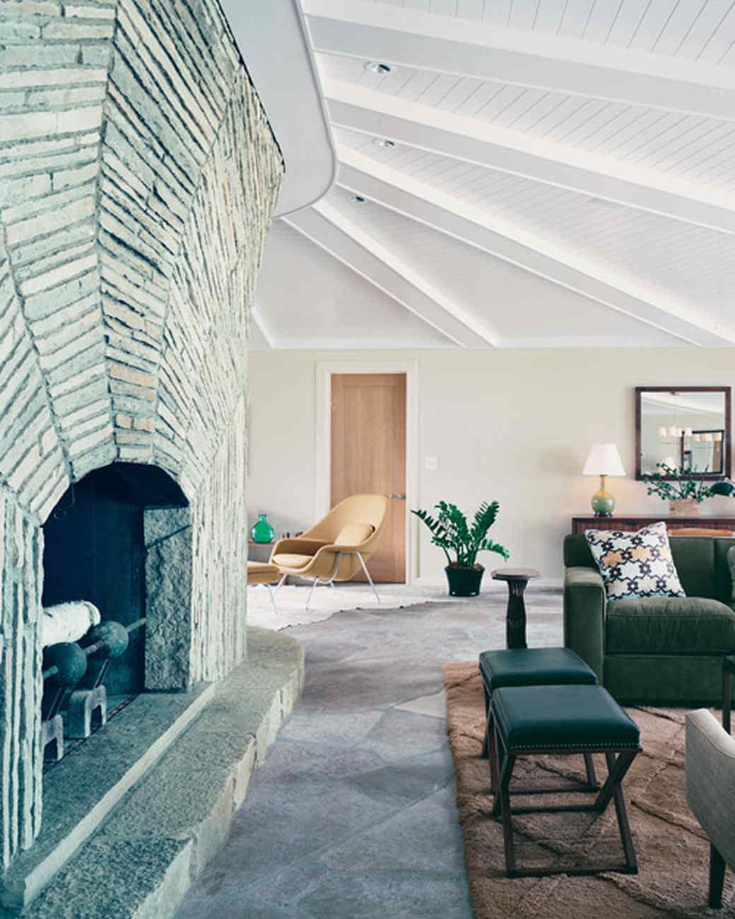 Home Tour: Modern Lake House | Martha Stewart