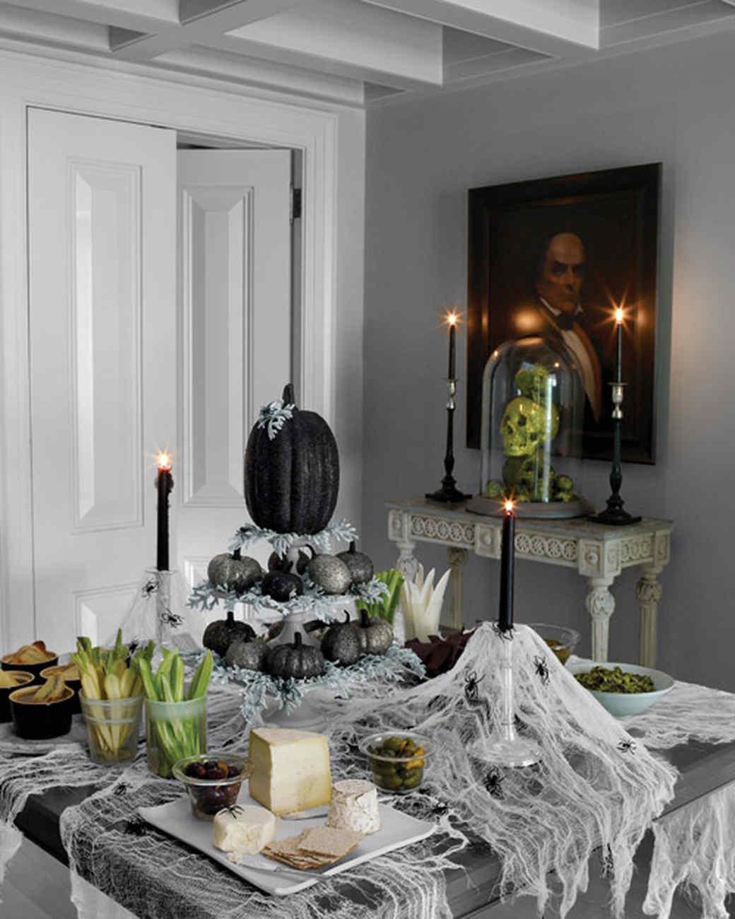 indoor halloween decorations martha stewart rh marthastewart com halloween home decorating ideas pinterest