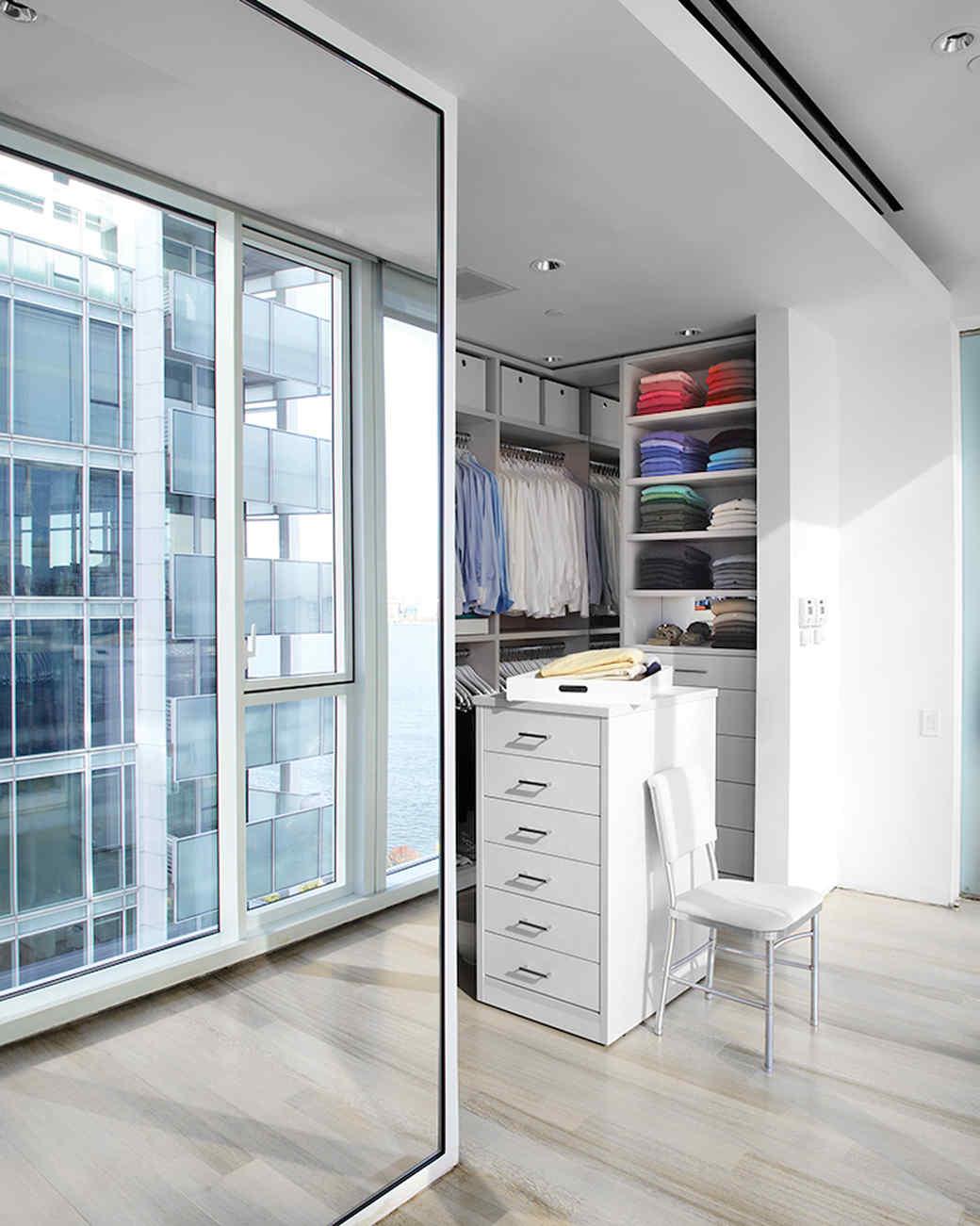 mld105280_0110_closet_doors.jpg