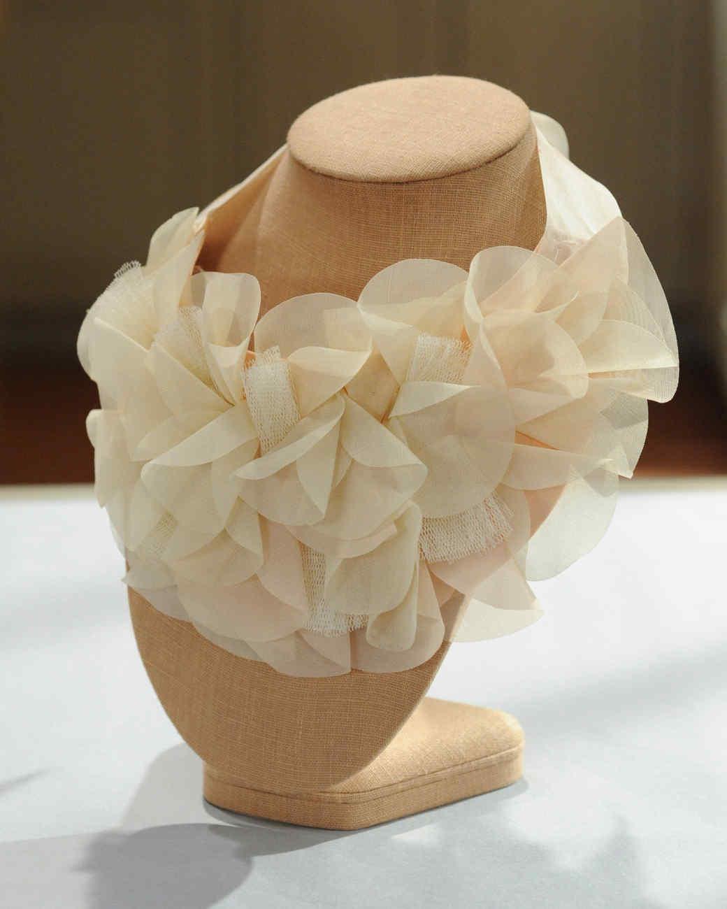 petal-bib-necklace-mslb7129.jpg