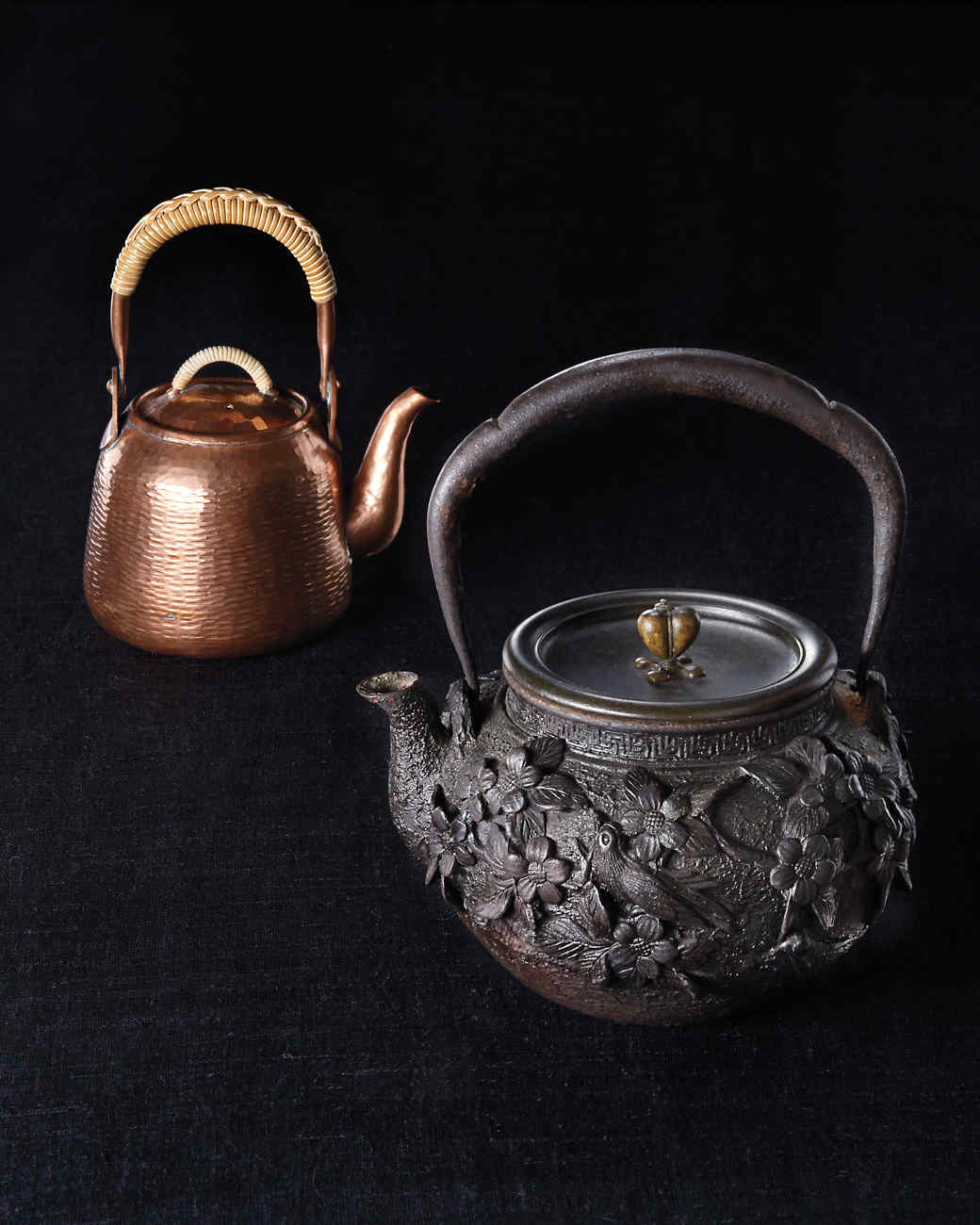 teapots-group-0104-md110378.jpg