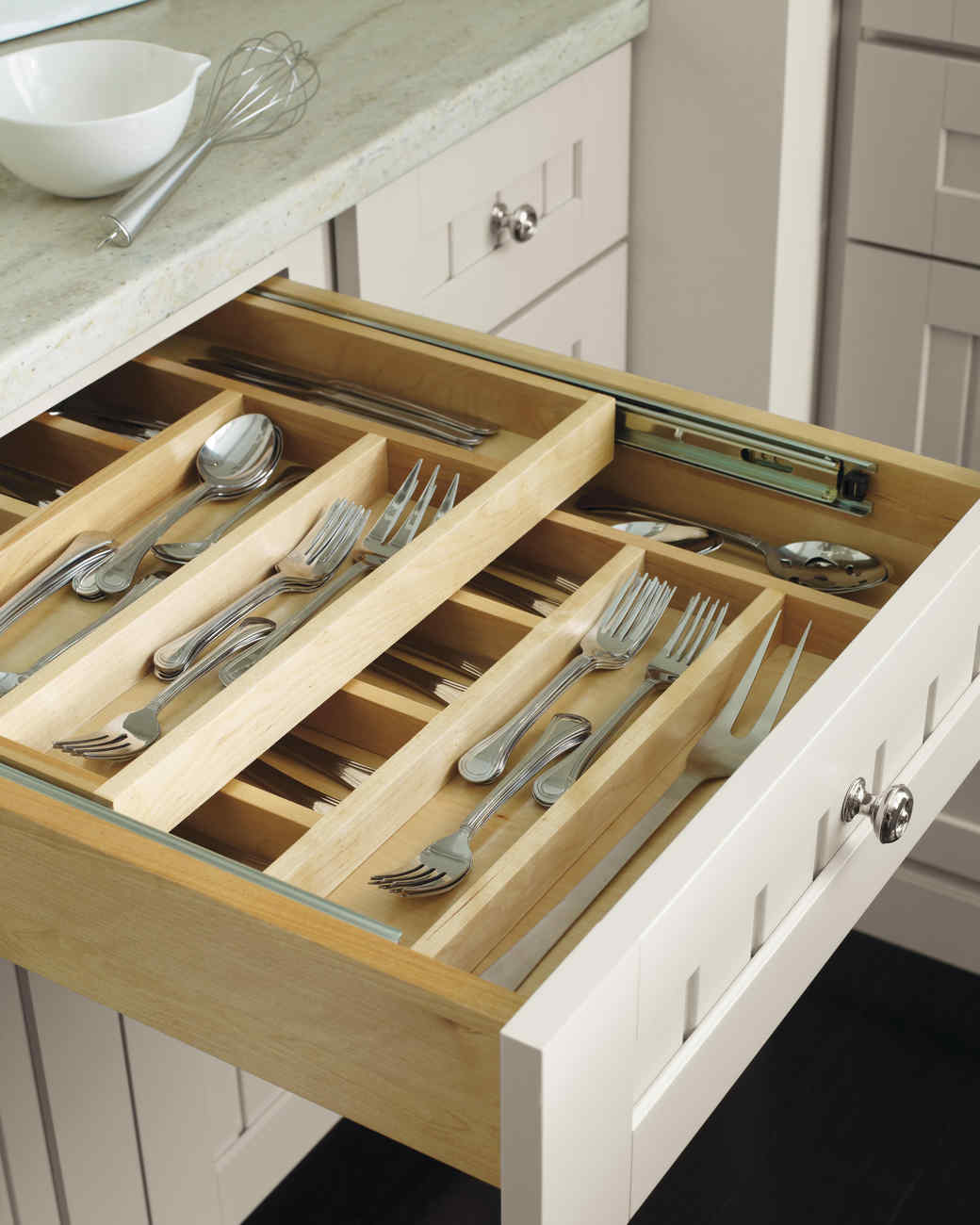 thd-host-utensildrawer-0315.jpg