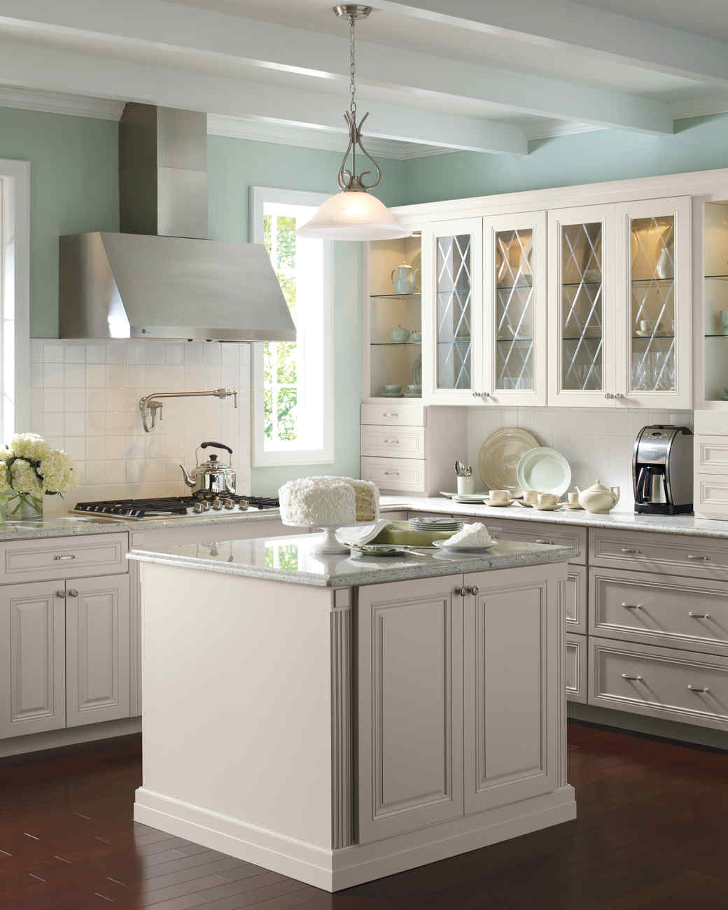 Home Depot Design Ideas: Select Your Kitchen Style