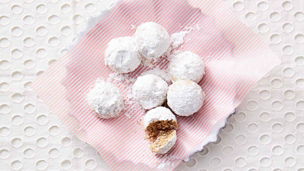 Chai Snowballs