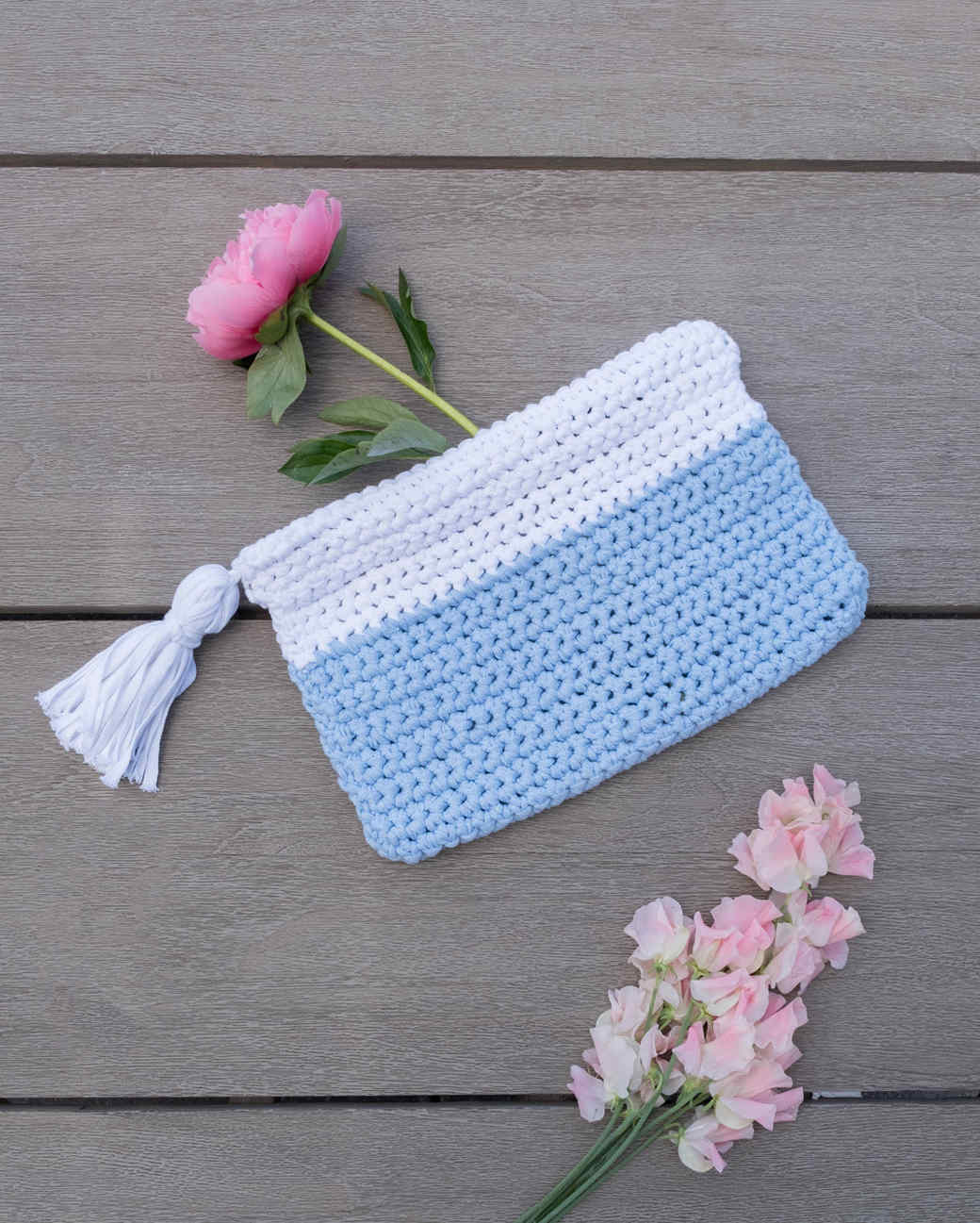 crocheted clutch tassel