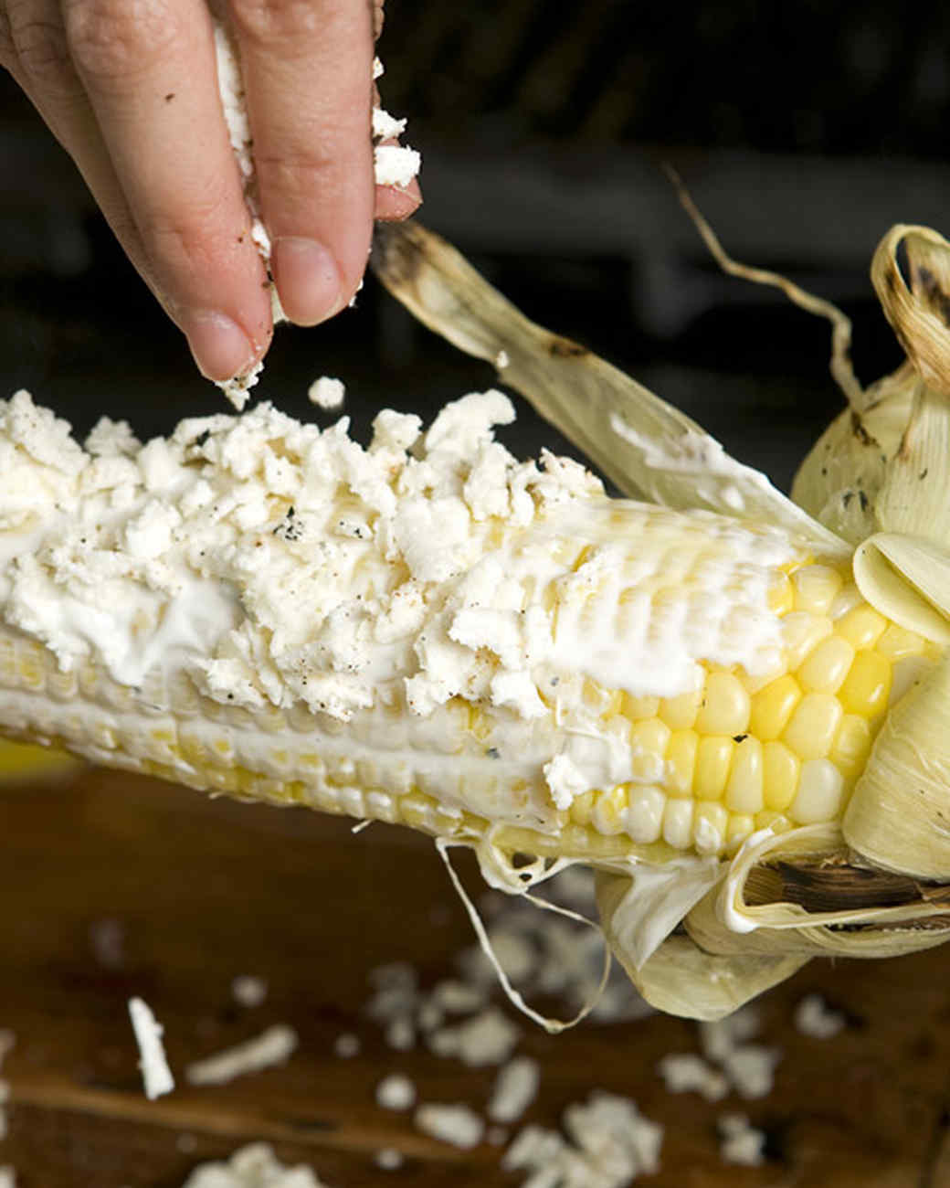emeril_grilled_corn_w_cheese.jpg