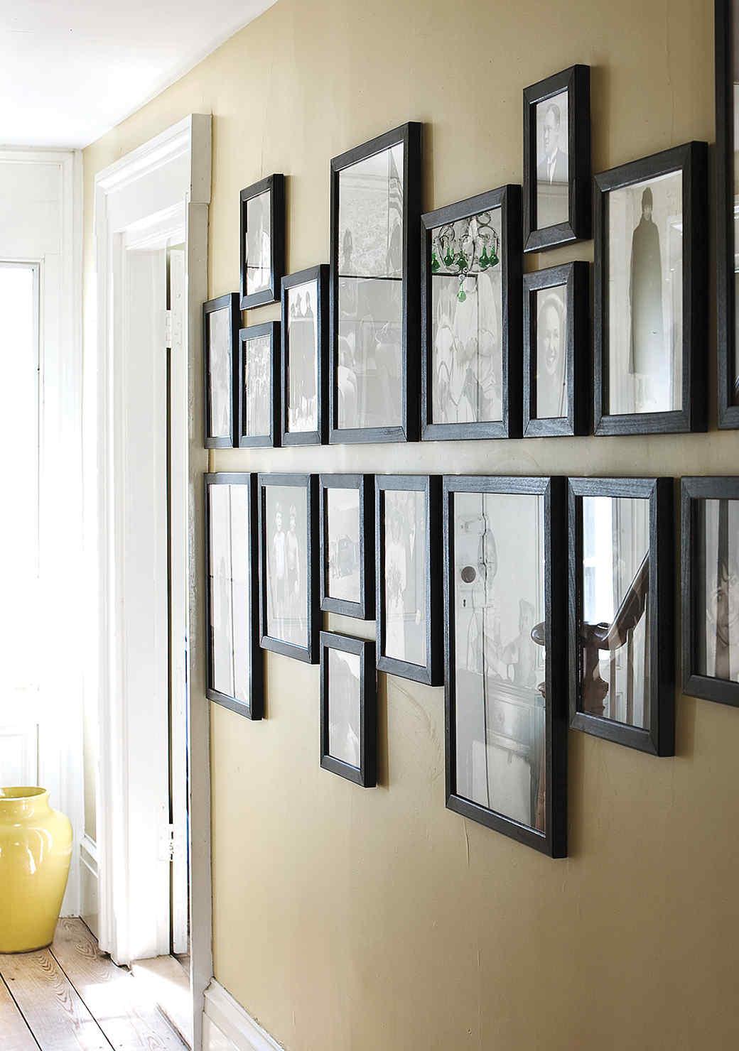gallery-pictures-frames-1016.jpg (skyword:349120)