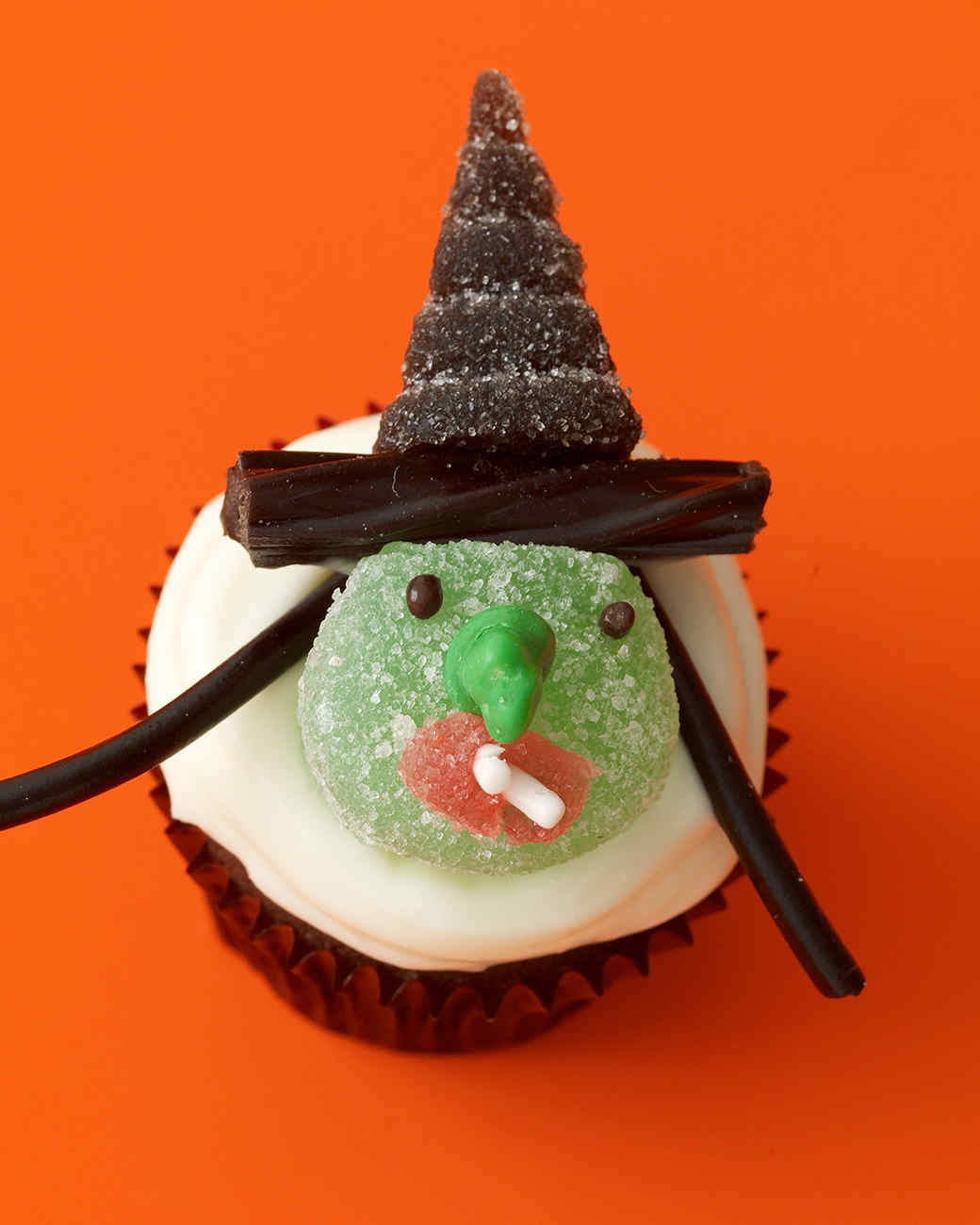 green witch cupcake