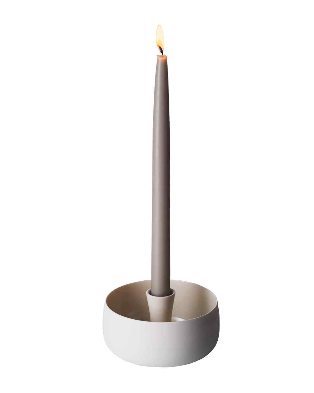 l-rocket-candleh-lit-d111476.jpg