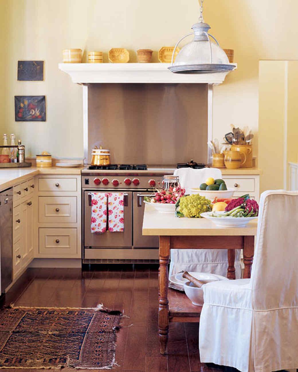 ml0904welc5_sept2004_kitchen.jpg