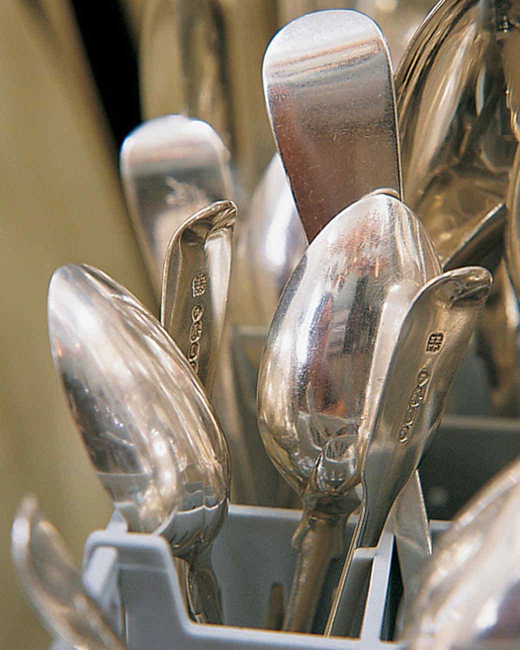 ml711_1197_dishwasher_spoons.jpg
